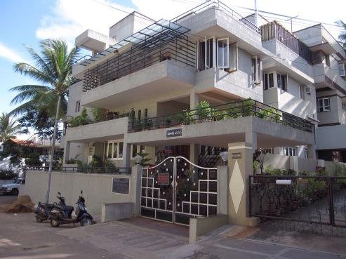 kpjayi-from-outside-mysore